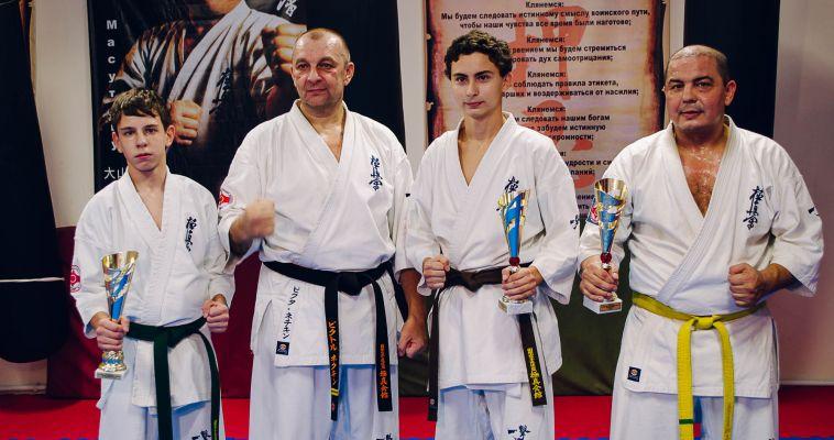 Магнитогорские каратисты привезли домой три медали