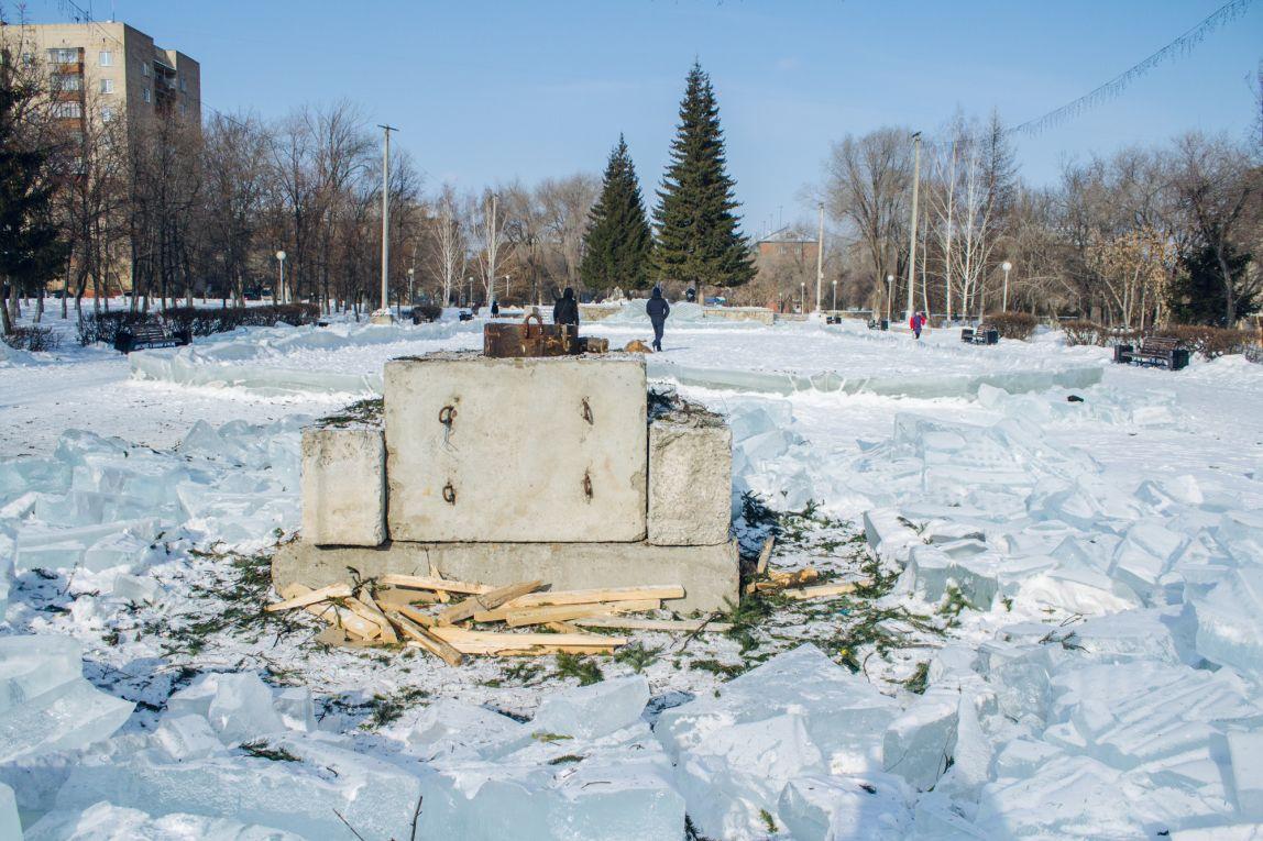 Горожане попросили оставить ледовые городки до марта