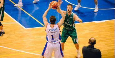 Магнитогорские баскетболисты одержали первую победу