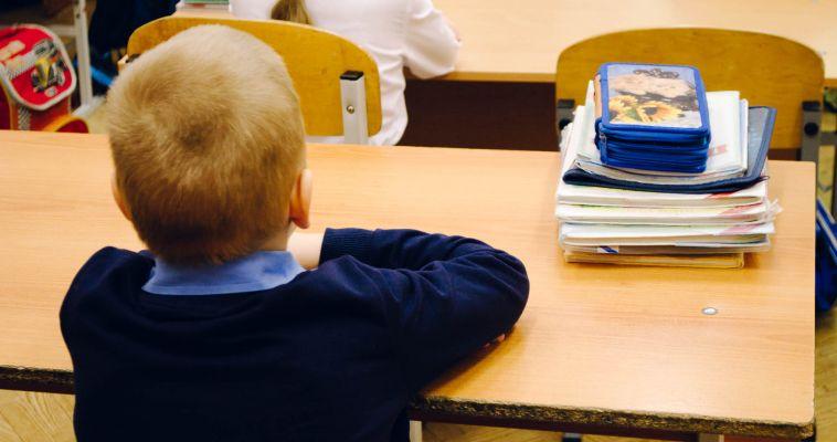 Первый раз в первый класс. Всем ли будущим ученикам найдется место за партой?