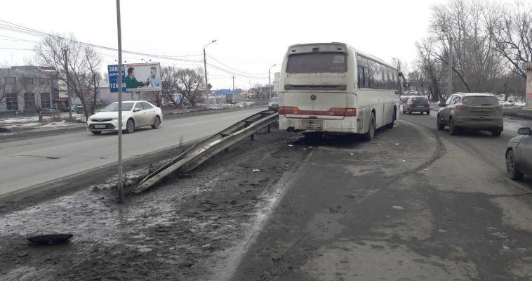 Пешеход скончался в больнице после ДТП с автобусом