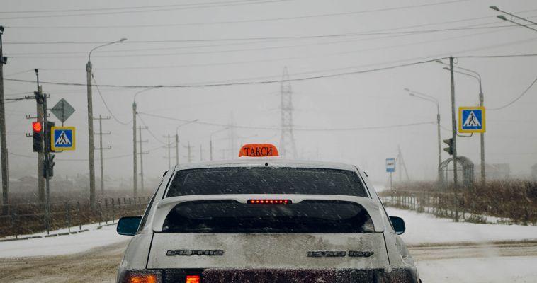 В Магнитогорске таксист напал на пассажира