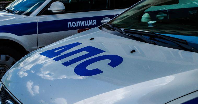 «ВАЗ» сбил забор напротив ТЦ «Европейский»
