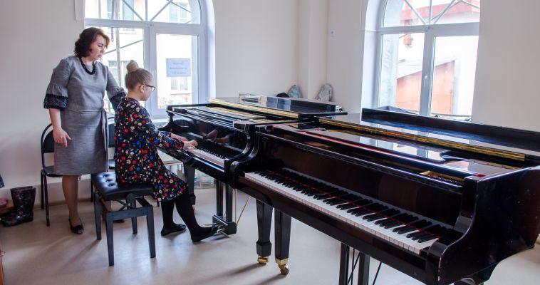 Ученики ДМШ №3 отыграли первый концерт в новом здании