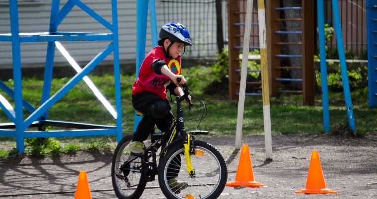 В Магнитогорске прошли соревнования «Безопасное колесо»