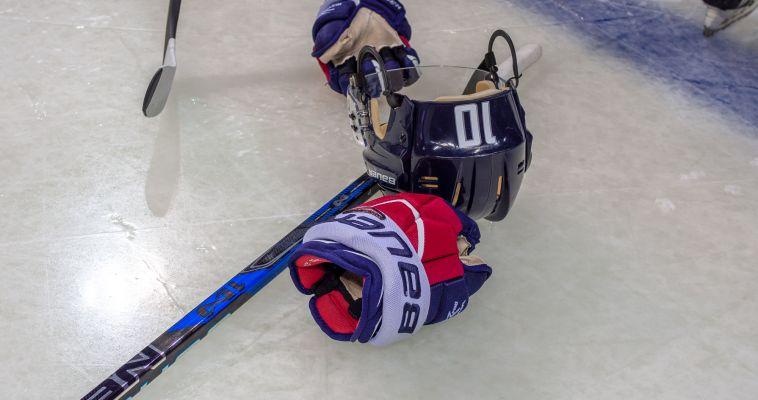 Магнитогорск посетил олимпийский чемпион по хоккею Егор Яковлев