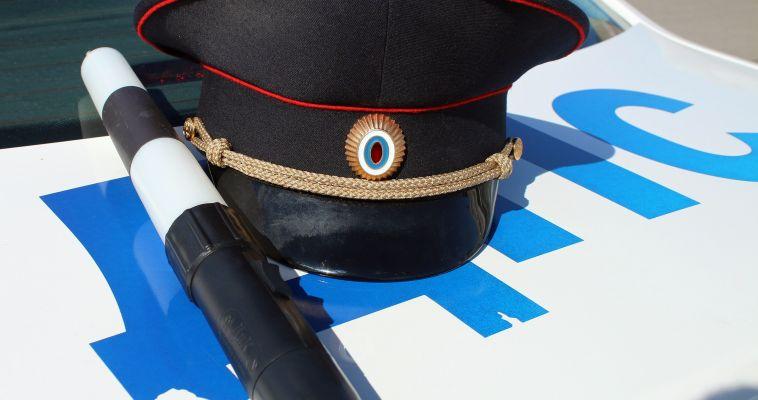 Сотрудника ГИБДД осудят за взятку