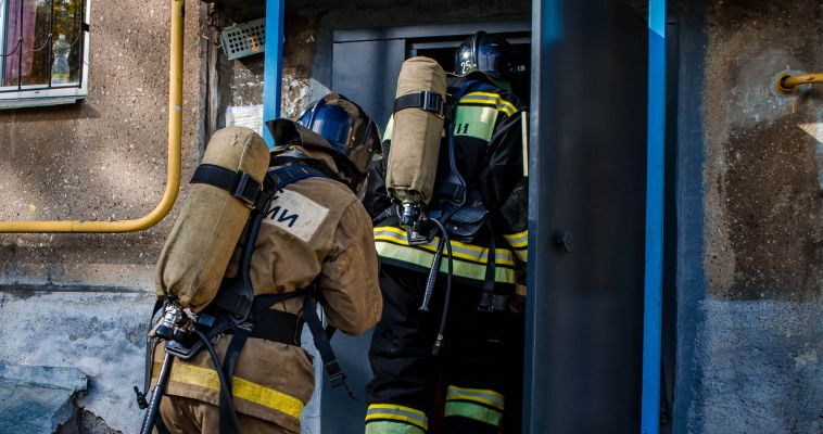 В Магнитогорске в пожаре обгорел мужчина