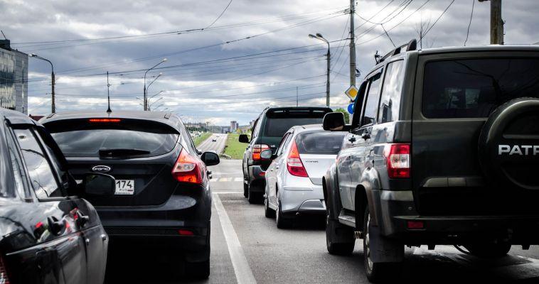Президент запретил инспекторам ГИБДД снимать номера с автомобилей