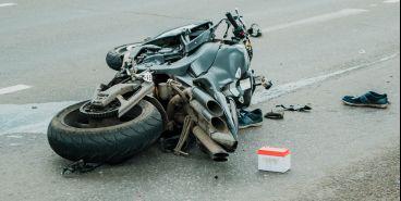 На «взлетке» произошло ДТП с мотоциклистом
