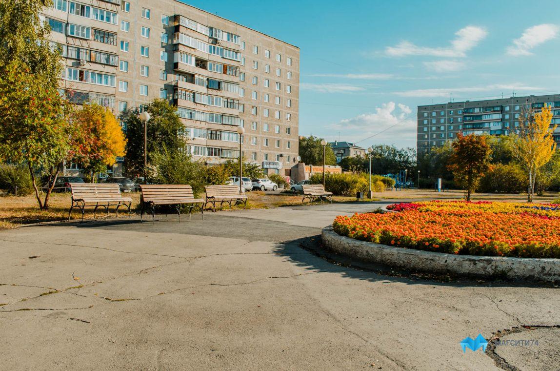 Сквер имени Б. Ручьева обновят до конца года