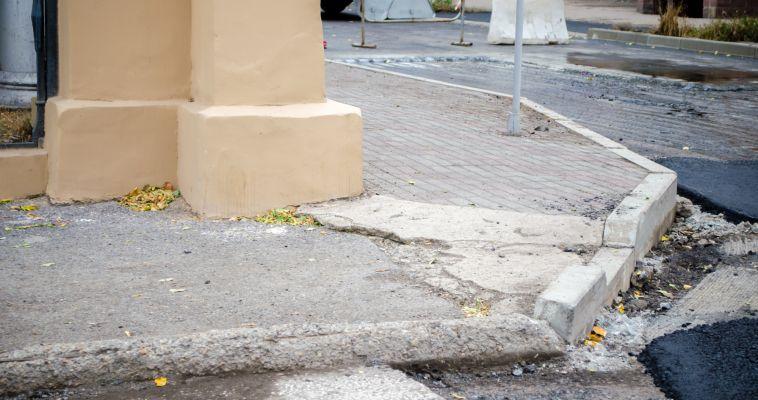Пешеходную дорожку по проспекту Металлургов расширят