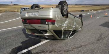 Пьяный водитель устроил аварию и скрылся в полях