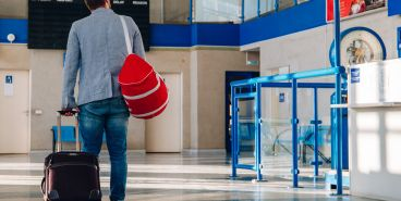 В магнитогорском аэропорту задержали жулика