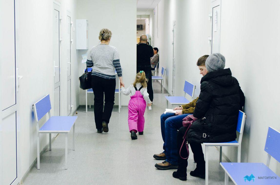 Горожане жалуются на длинные очереди в детской стоматологии