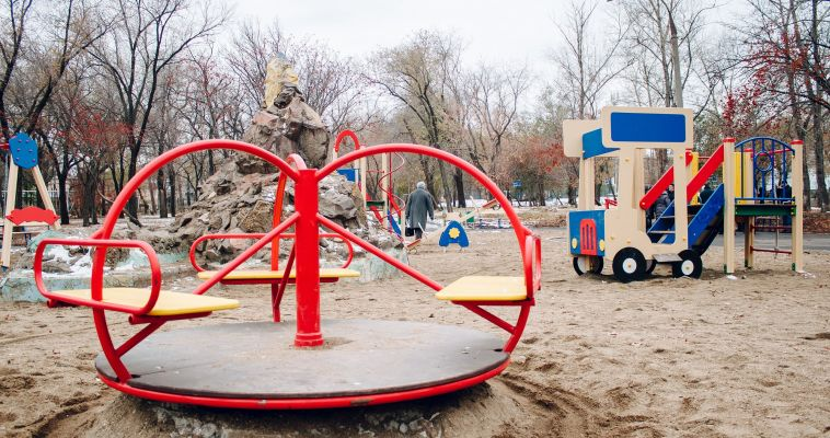 Суд обязал мэрию оборудовать детскую площадку