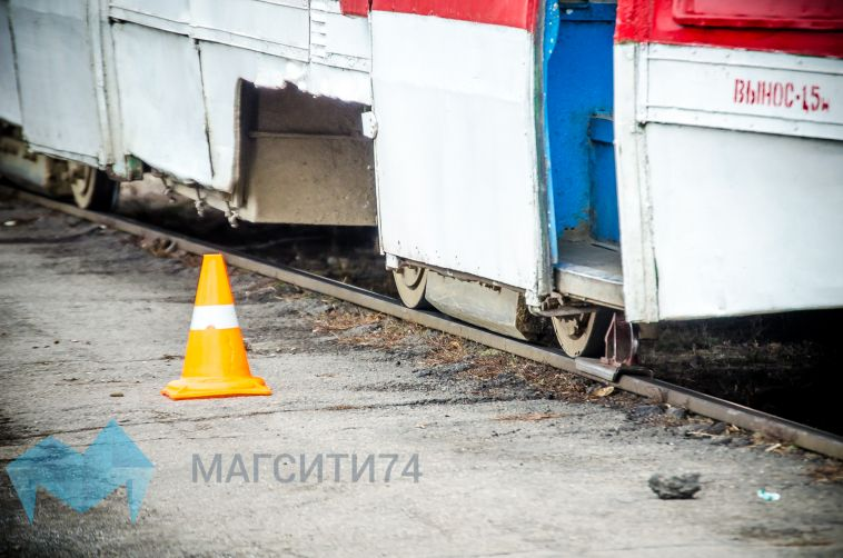 Госавтоинспекция выясняет, как женщина попала под трамвай
