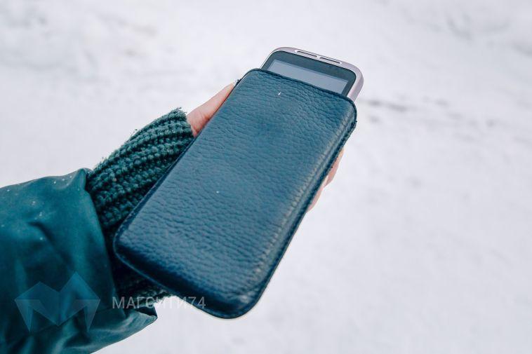 Пенсионерка похитила телефон из салона сотовой связи