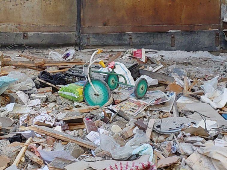Жителей пострадавшего при взрыве дома расселят на время