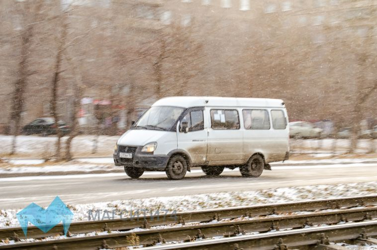 ГИБДД ищет очевидцев ДТП с выпавшей из маршрутки пенсионеркой