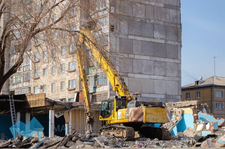 Демонтаж «Зорей Урала» продлится до конца апреля