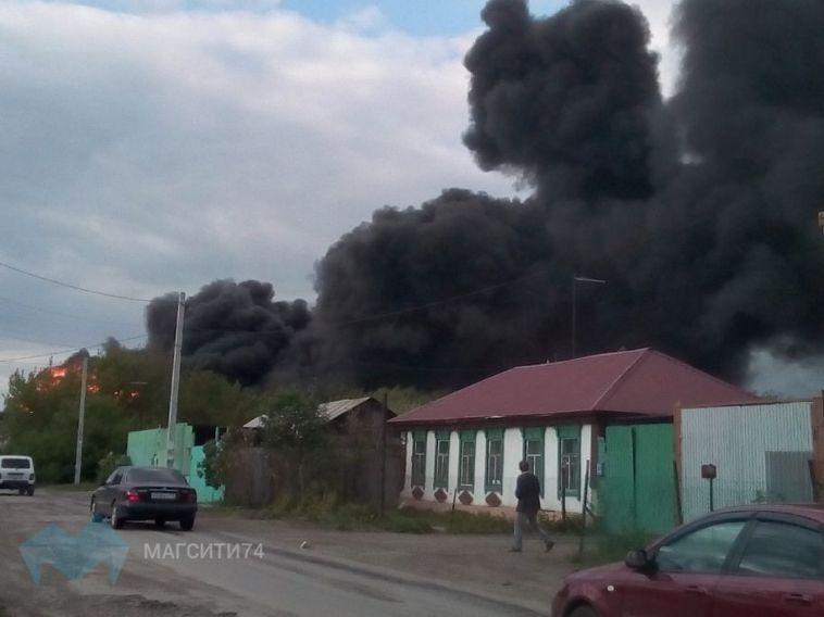 Крупный пожар в Магнитогорске тушили почти 9 часов