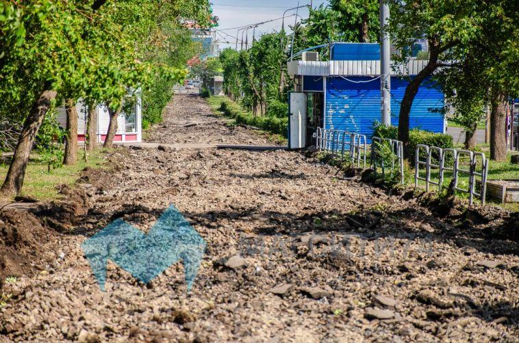 В Магнитогорске во время обустройства бульвара рабочие откопали старый снаряд