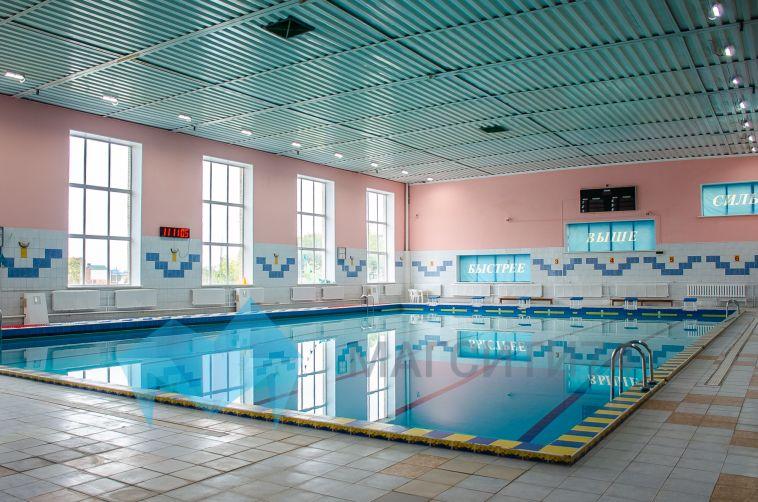 Спортивное хозяйство города: в Магнитогорске обновляют физкультурные площадки