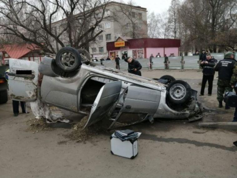 «Всё было внорме»: теплотрассу, где провалился автомобиль, осматривали доЧП