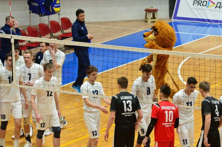Бились достойно: «Магнитка-Университет» уступила впервых матчах домашнего тура