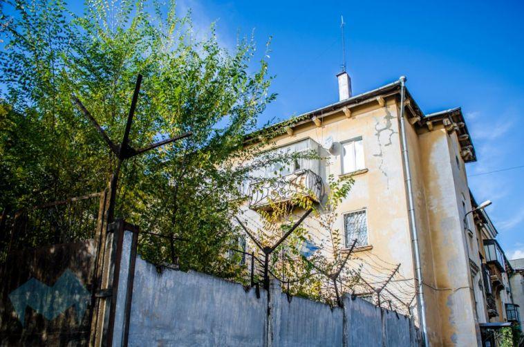 Прокуратура подала в суд на Росимущество из-за заброшенного здания на улице Урицкого