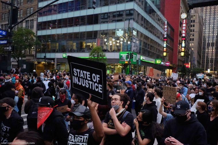 Уроженец Магнитогорска рассказал о беспорядках в Нью-Йорке