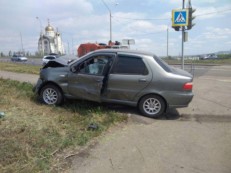 15-летняя девочка пострадала в ДТП на Вознесенской