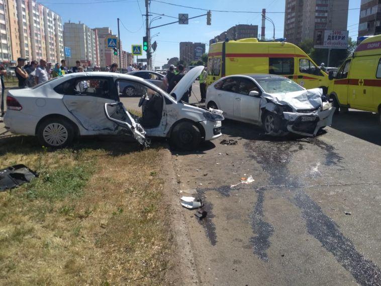 В ГИБДД рассказали подробности пятничной аварии, где пострадали семь человек