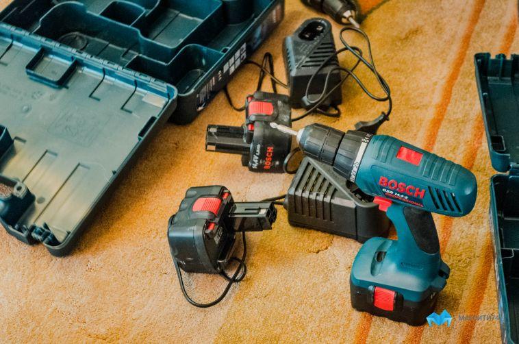 ВМагнитогорске воришка вытащил изоткрытой машины электроинструмент