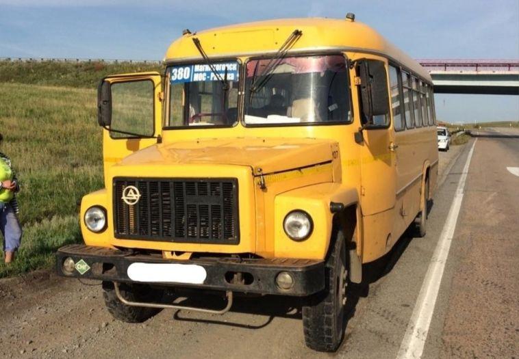 Инспекторы ГИБДД поймали пьяного водителя междугороднего автобуса