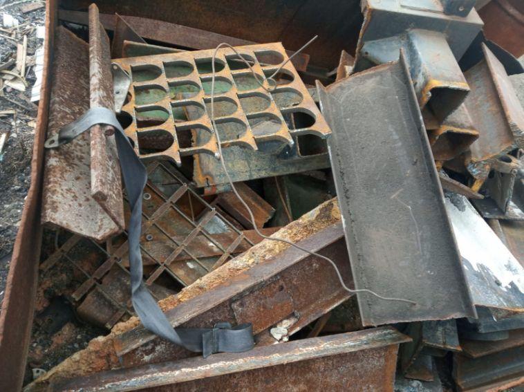 Магнитогорец пойдет под суд за кражу более тонны металла сжелезной дороги