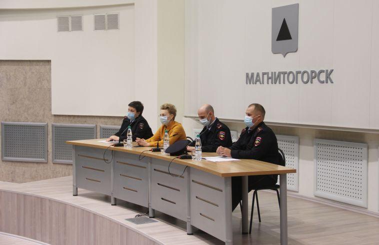 В торговых центрах Магнитогорска ежедневно находятся те, кто не использует маски