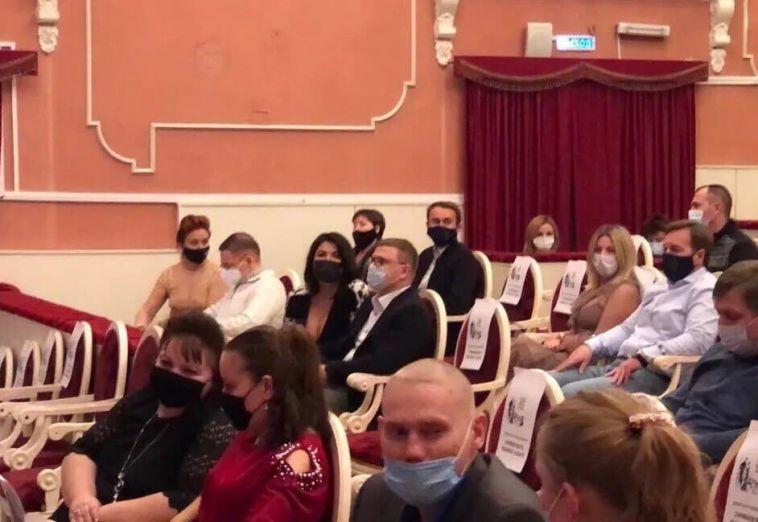 Алексей Текслер побывал на гала-концерте в магнитогорской опере